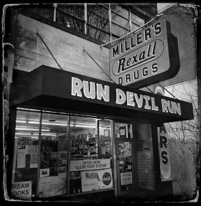 Architecture & Travel (2nd) Run Devil Run - Gittel Price